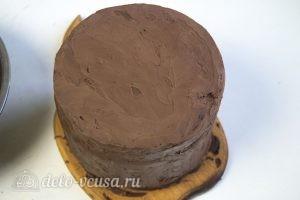 Медовый торт Пчелка: Обмазать гамашем торт