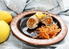 Рулетики с морковкой по-корейски