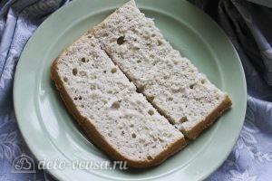 Пирожные с творожным кремом: Разрезаем напополам каждую половину бисквита