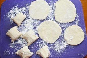 Манты на сковороде: Превращаем кусочки в лепешки