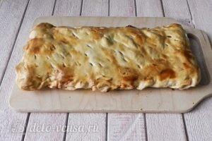 Пирог из слоеного теста с персиками: Оставляем пирог до остывания