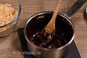 Сладкая колбаска из печенья: Довести до кипения