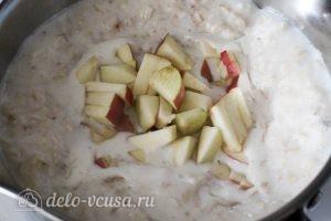 Овсяная каша с яблоками: Добавляем яблоки