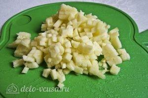 Яблочный мусс: Нарезаем яблоки