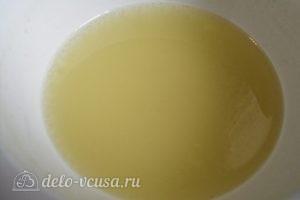 Яблочный мусс: Добавляем манку и лимонную кислоту