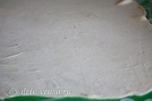 Манты с мясом: Раскатываем тесто