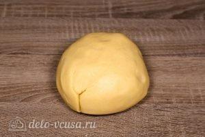 Печенье через мясорубку: Скатать тесто в шар