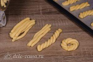 Печенье через мясорубку: Формируем печенье