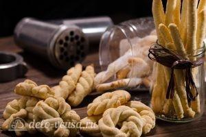 Печенье через мясорубку: Посыпаем сахарной пудрой