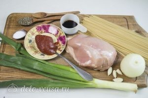 Спагетти с курицей: Ингредиенты