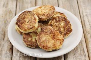 Сырники с манкой: Выложить и остудить сырники