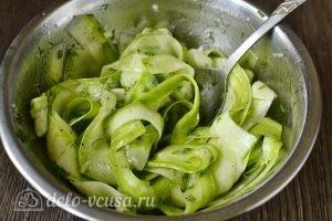 Маринованные кабачки с зеленью: фото к шагу 4