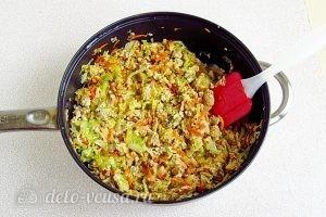 Тушеная капуста с овощами и мясом: Потушить
