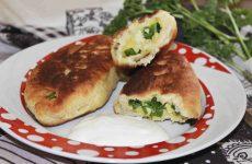 Пирожки на кефире с яйцом и зеленым луком