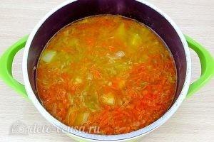 Щи из свежей капусты с плавленым сыром: Варить 5 минут