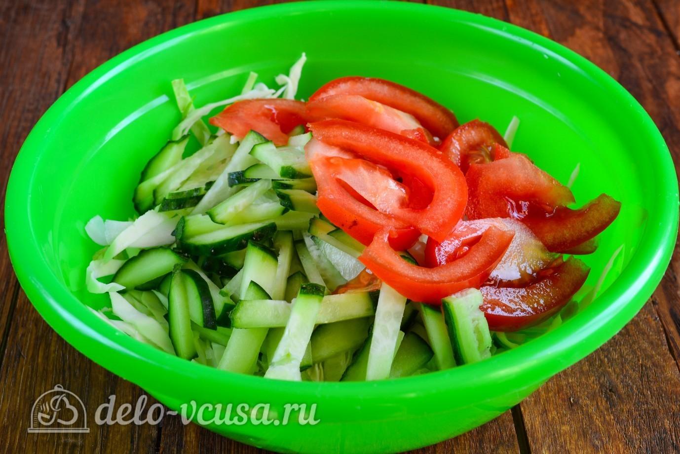 рецепт салата из помидоров и капусты