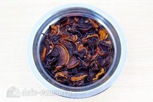 Гороховый суп с грибами: Отварить грибы