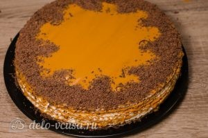 Вафельный торт со сгущенкой: Украшаем торт по вкусу