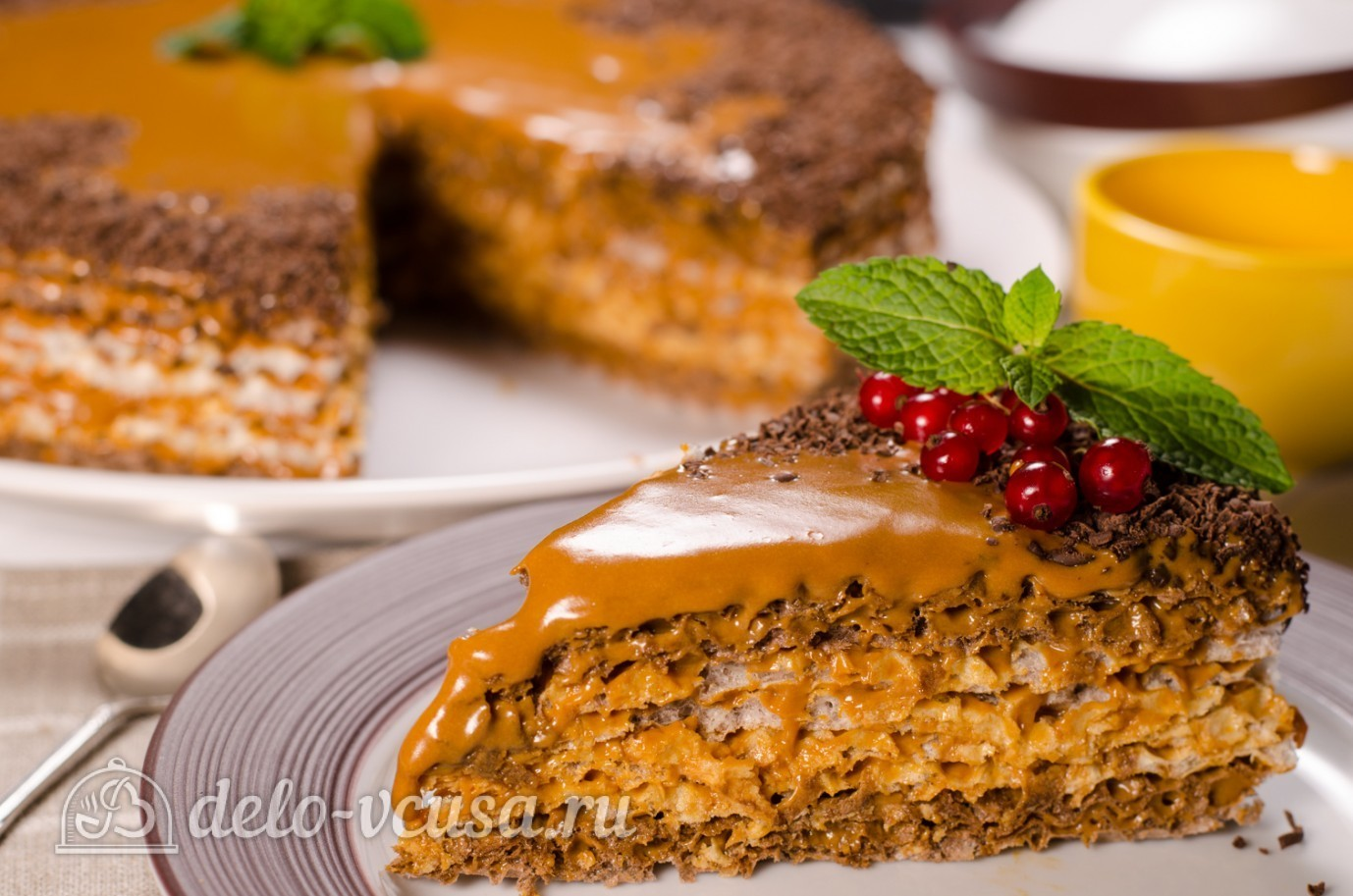 Пирог с орехами и сгущенкой - пошаговый рецепт с фото на Повар.ру | 913x1378