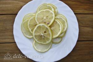 Вода Сасси: Нарезаем лимон