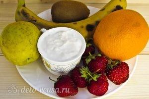 Фруктовый салат с бананом, киви, апельсином, яблоком, клубникой: Ингредиенты