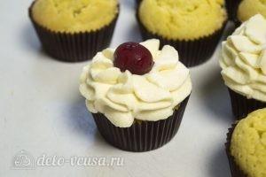 Ванильные кексы с начинкой: Украсить кексы