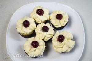 Ванильные кексы с начинкой: Охладить кексы