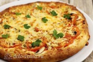 Пицца с мидиями: Украсить готовое блюдо петрушкой или укропом