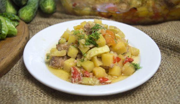 Мясо с духовке с овощами рецепт пошагово 25