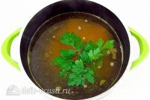Куриный суп с рисом и сыром: Воду довести до кипения