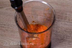 Баклажаны под сыром в духовке: Измельчить соус в блендере