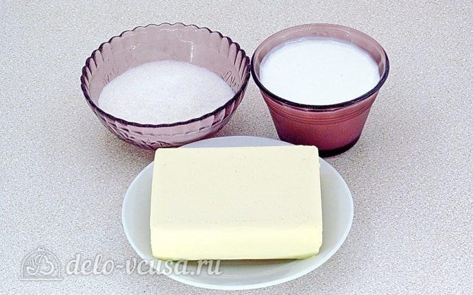 Эклеры со сливочно-сметанным кремом: Для приготовления крема берем сметану, сливочное масло и сахар