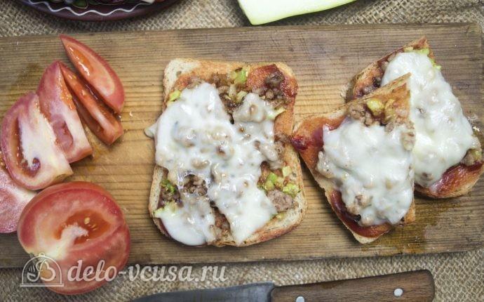 Горячие бутерброды с фаршем