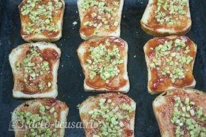 Горячие бутерброды с фаршем: Добавить кабачок