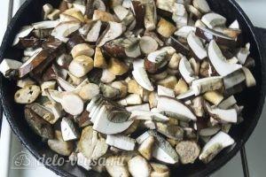 Грибы запеченные: Обжарить грибы