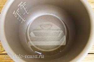 Икра из баклажанов на зиму: Налить масло в мультиварку