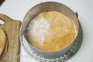 Карамельный медовик с апельсиновым кремом: Собираем торт