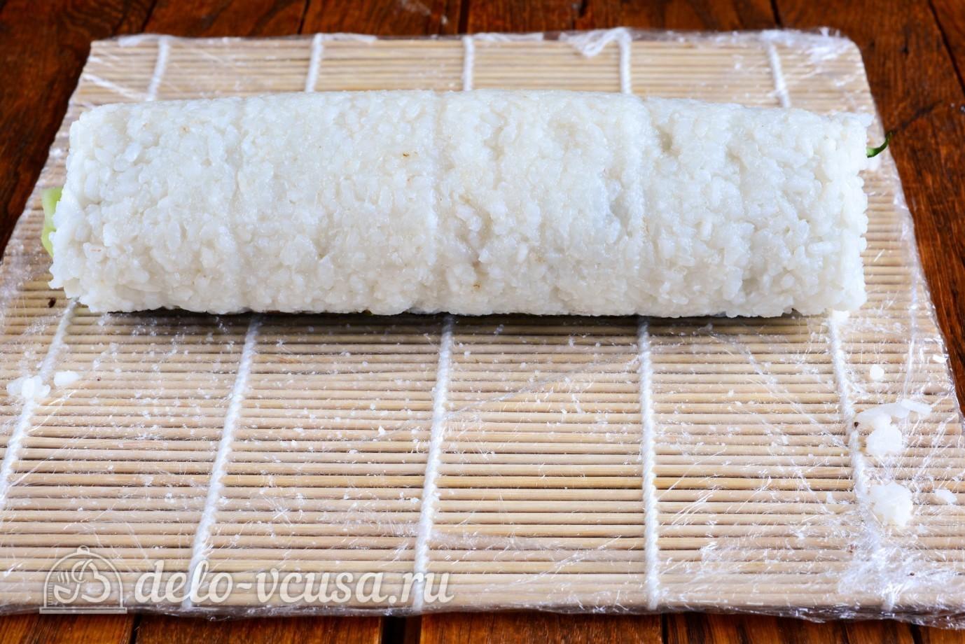 Роллы с огурцом, курицей и тофу: Сворачиваем роллы