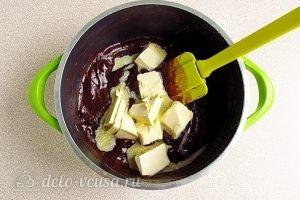 Домашняя шоколадная паста: Добавить масло сливочное
