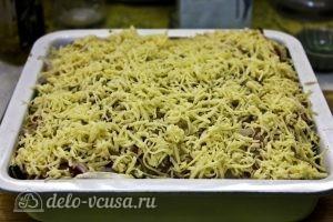 Запеканка из кабачков и баклажанов: Выкладываем сыр