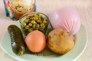 Салат Оливье с колбасой без моркови: Ингредиенты