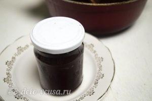 Яблочное масло: Разлить масло в банки