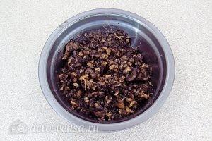 Картофельные зразы с грибами: Перекрутить грибы на мясорубке