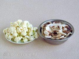 Овощное рагу с курицей в мультиварке: Подготовить шампиньоны и капусту