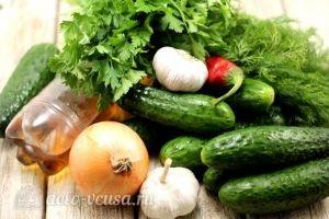 Маринованные огурцы с луком: Ингредиенты