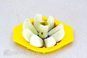 Повидло яблочное с ванилином: Нарезать яблоки