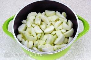 Повидло яблочное с ванилином: Залить яблоки водой