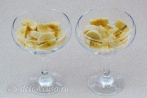 Сметанное желе с бананами: Подготовить бананы