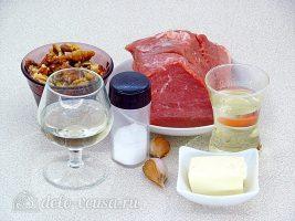 Котлеты из свинины с орехами: Ингредиенты