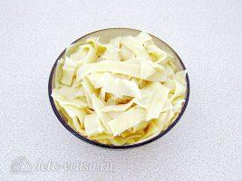 Паста с рыбой в сливочном соусе: Отварить макароны